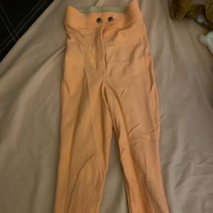 High American appeals leggings color peach